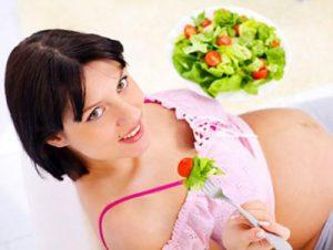 Правильное питание не позволит набрать лишний вес при беременности