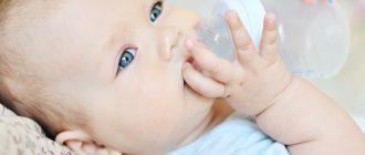 Нужно ли допаивать грудничка водой, сомневается каждая мама