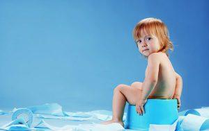 Первые симптомы амебиаза напоминают пищевое отравление