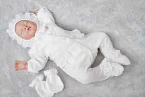 Одежда для выписки новорожденному летом