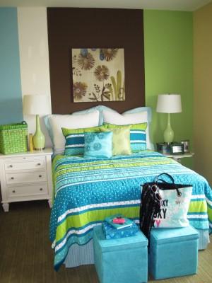 Спальное место в комнате дочки