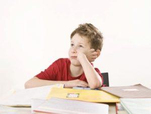 Если ребенок отказывается делать уроки