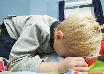 чем остановить рвоту у ребенка 3 лет