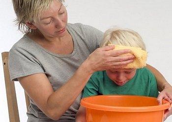 первая помощь при рвоте у ребенка