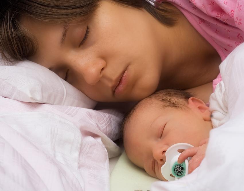 Совмстный сон мамы и ребенка