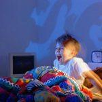 ребенок боится темноты