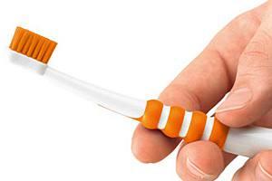 Детская зубная щётка Curaprox ATA для детей, у которых начали прорезываться первые моляры.