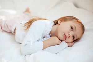 Когда ребенок начинает спать всю ночь