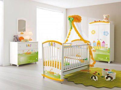 Главное – правильно определить, чем можно покрасить детскую кроватку.