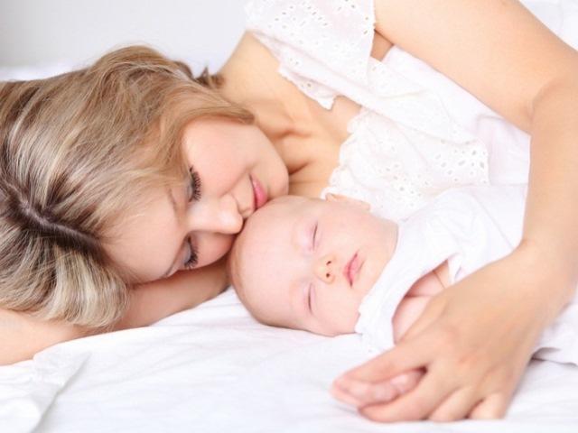 Кровянистые выделения после родов