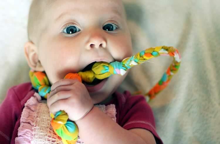 У ребёнка режутся зубки
