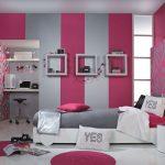 Вариант комбинированных обоев для детской комнаты