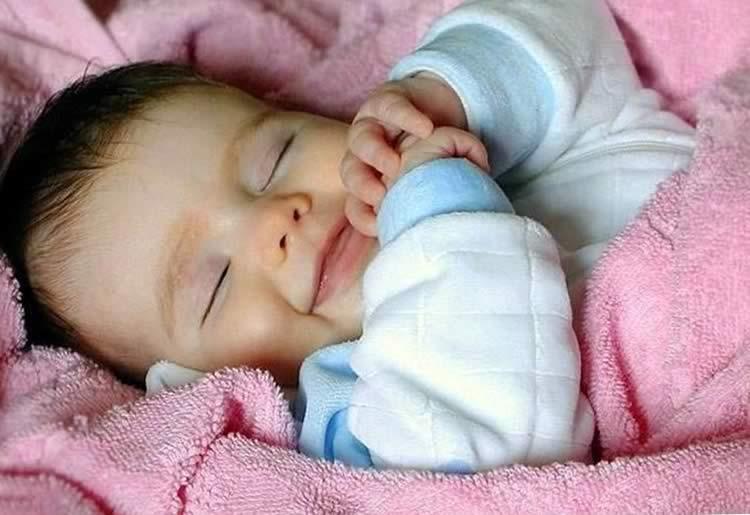 Улыбка во сне