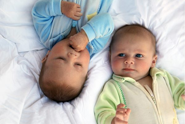 Рождение близнецов