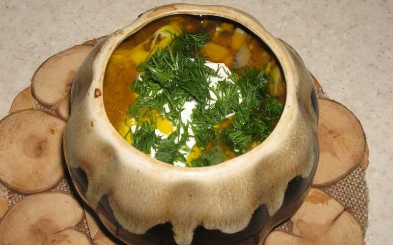 Готовим в горшочках грибной суп
