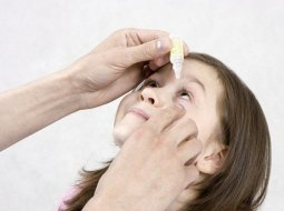 От чего назначают глазные капли для детей Левомицетин: инструкция по применению