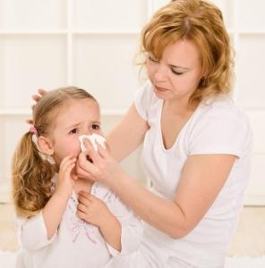 Действенные противовоспалительные капли в нос для детей