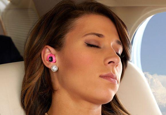 Закладывает уши в самолете, что делать, фото