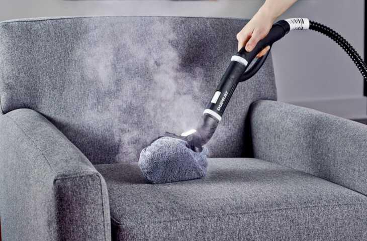 обработка дивана параочистителем