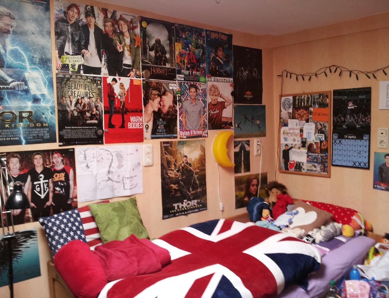 Постеры для девчачьей спальни