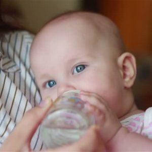 Как помочь и чем кормить малыша при поносе