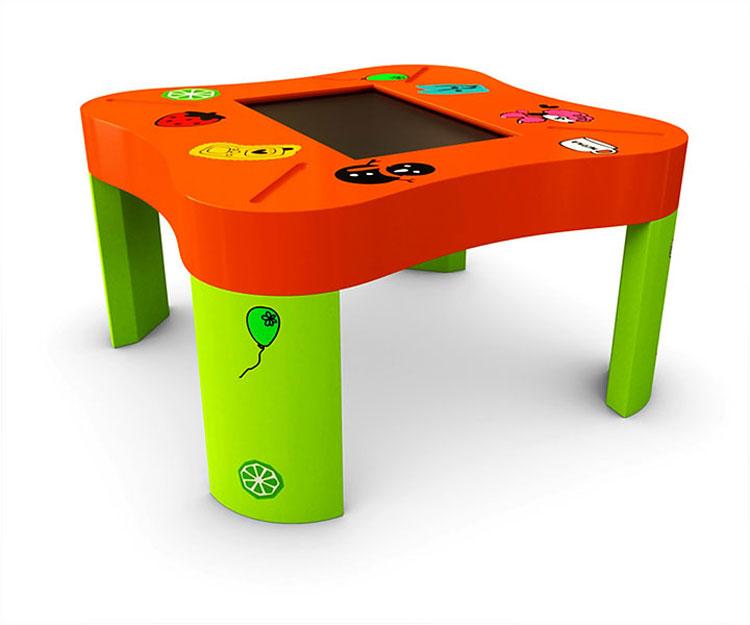 Интерактивный игровой столик для ребенка
