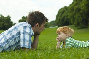 Отец дает советы сыну